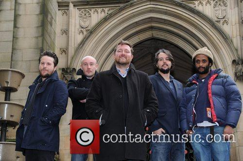elbow outside manchester cathedral where they will 3579329
