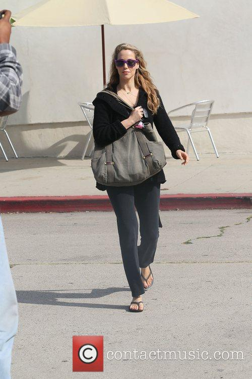 elizabeth berkley out shopping in west hollywood 3587590