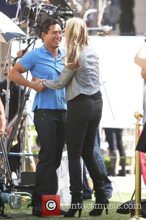 Elizabeth Berkley and Mario Lopez 14