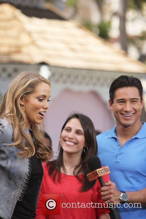 Elizabeth Berkley and Mario Lopez 12