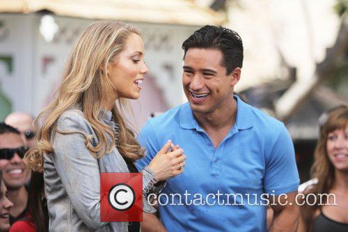 Elizabeth Berkley and Mario Lopez 6