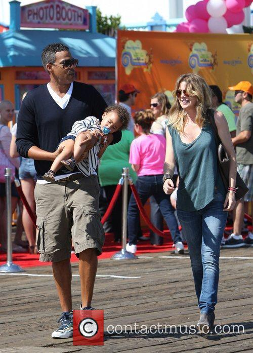 Ellen Pompeo and Santa Monica Pier 9