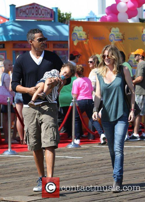 Ellen Pompeo and Santa Monica Pier 5
