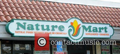 Nature Mart grocery store in Los Feliz