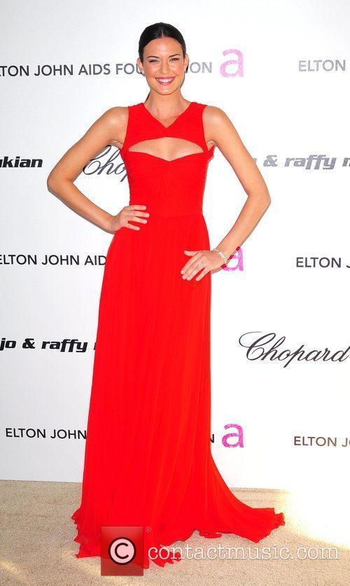 Odette Yustman, Elton John and Academy Awards 3