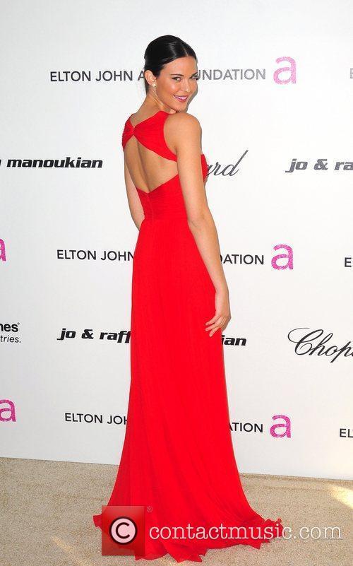 Odette Yustman, Elton John and Academy Awards 4