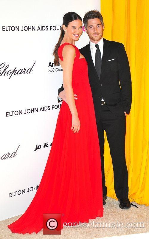Odette Yustman, Elton John and Academy Awards 2