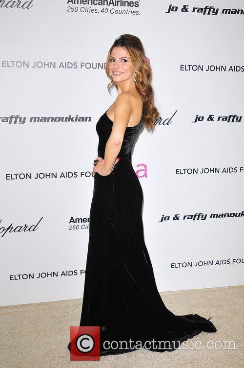Maria Menounos and Elton John 5