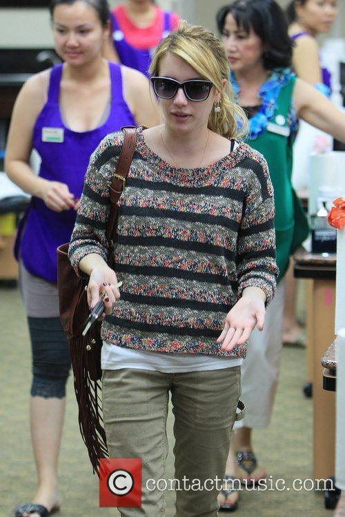 Emma Roberts 16