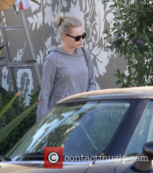 Emma Stone leaves a Pilates studio in West...