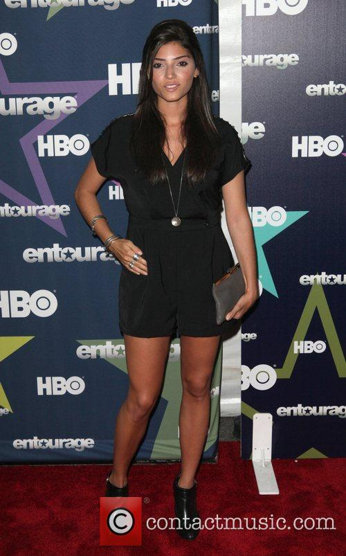 Amanda Setton  Final season premiere of HBO's...