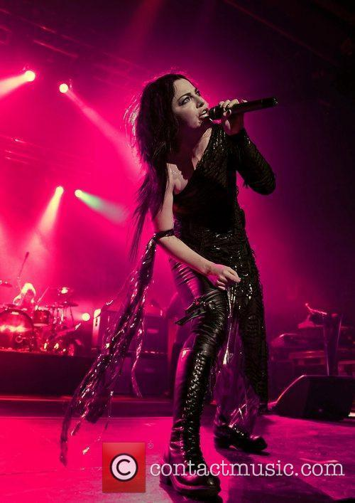 Amy Lee, Evanescence and Manchester Apollo 3