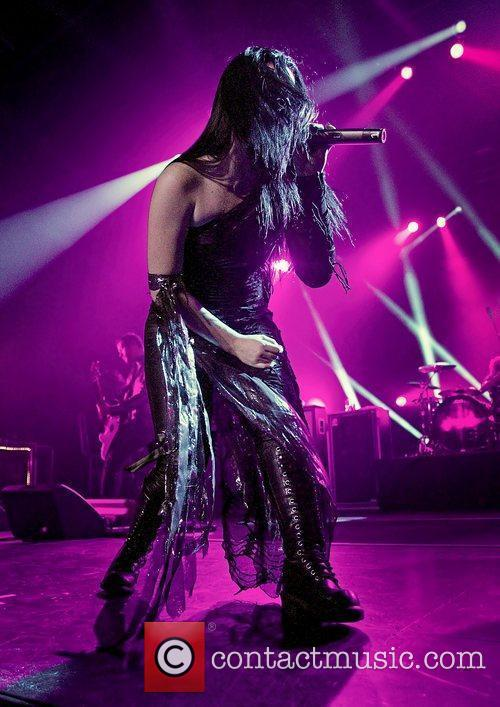 amy lee of evanescence performs live at 3597978