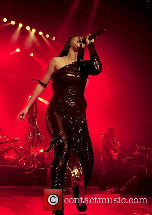 Amy Lee, Evanescence and Manchester Apollo 17
