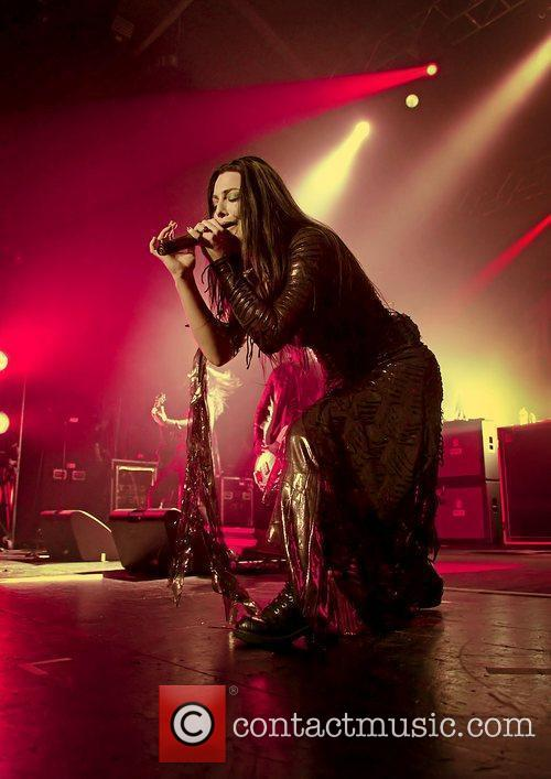 Amy Lee, Evanescence and Manchester Apollo 7