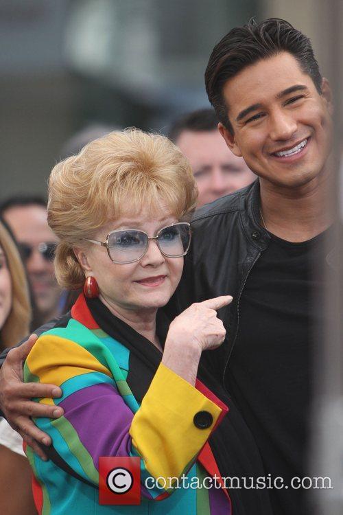 Debbie Reynolds and Mario Lopez 4
