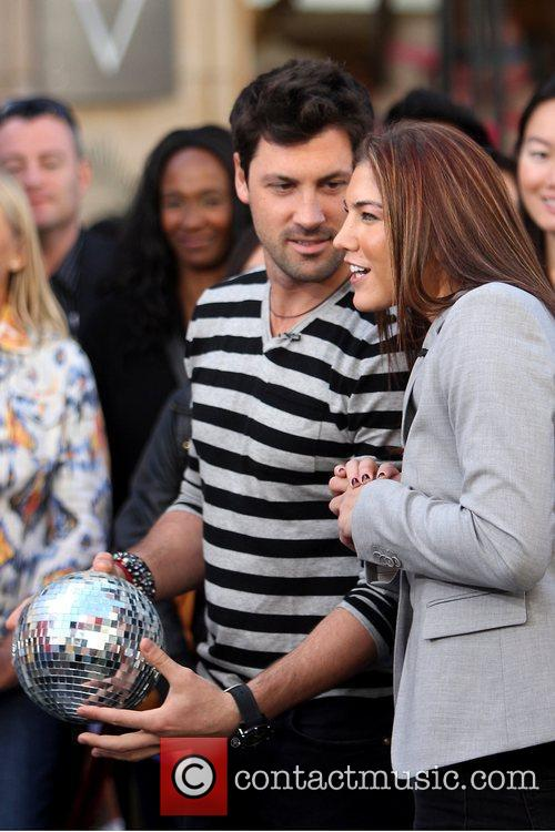 maksim chmerkovskiy and hope solo at the 5749634