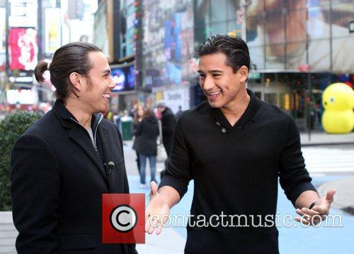 Mario Lopez and Times Square 11