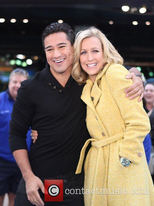Mario Lopez, Lara Spencer and Times Square 1