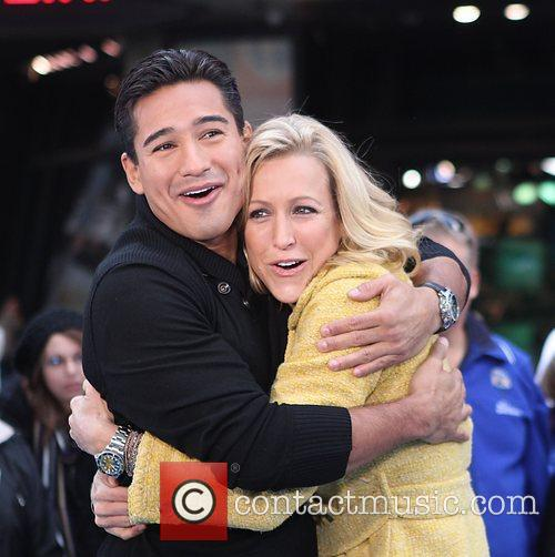 Mario Lopez, Lara Spencer and Times Square 10