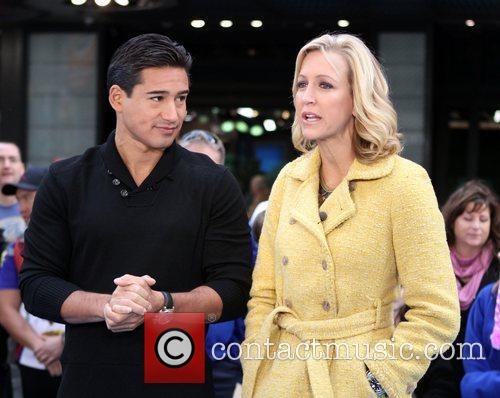 Mario Lopez, Lara Spencer and Times Square 8