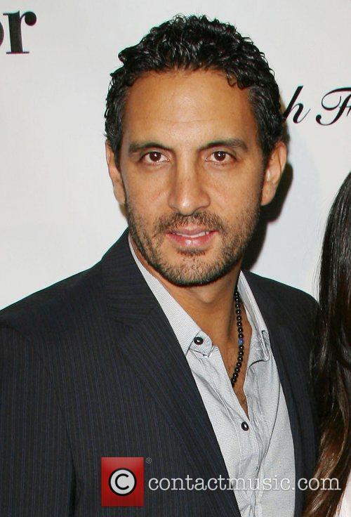 Kyle Richards Husband Mauricio