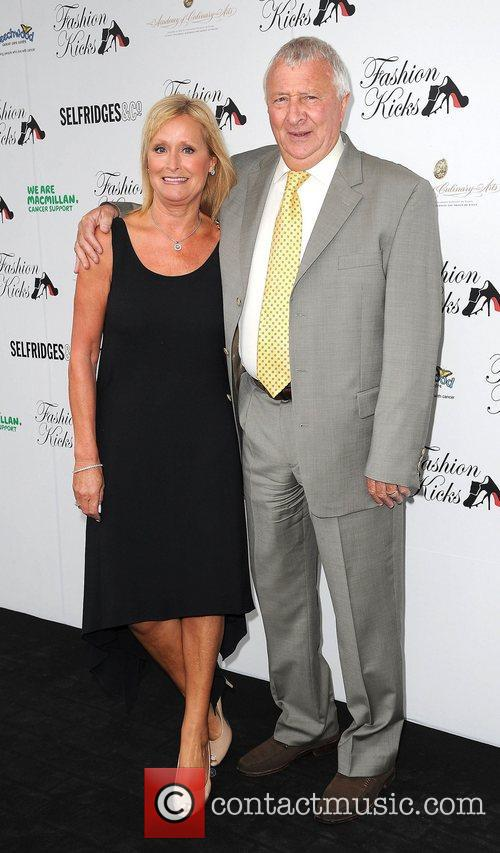 Mike Sumerbee And Wife 7