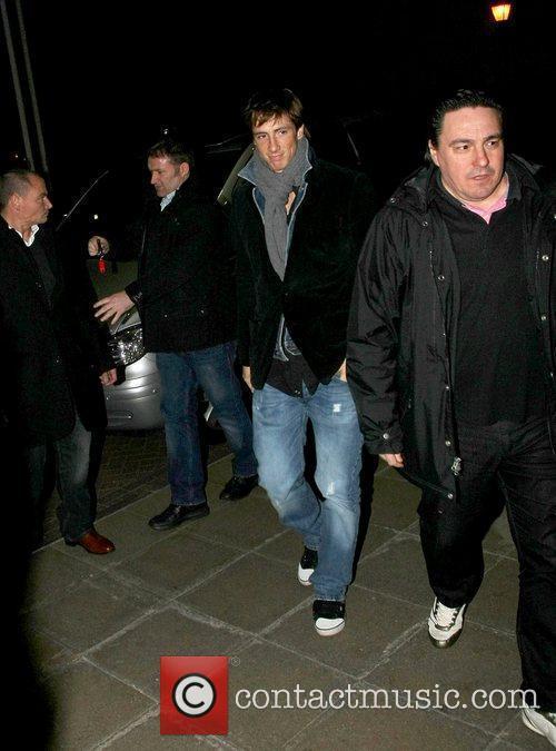 New signing for Chelsea FC, Fernando Torres returning...