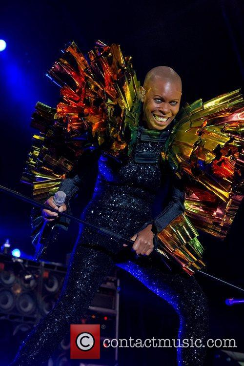 Skunk Anansie performing live at the Festival Mares...