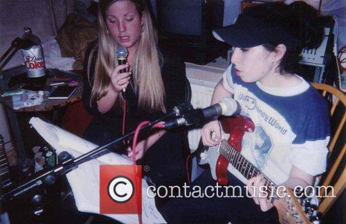 Amy Winehouse  aged 15 years old, recording...
