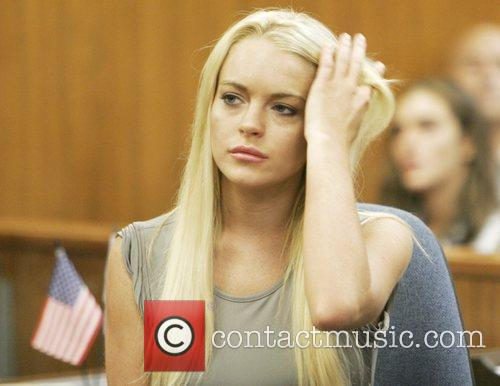 *file photo* * LOHAN HEADING TO JAIL FOR...