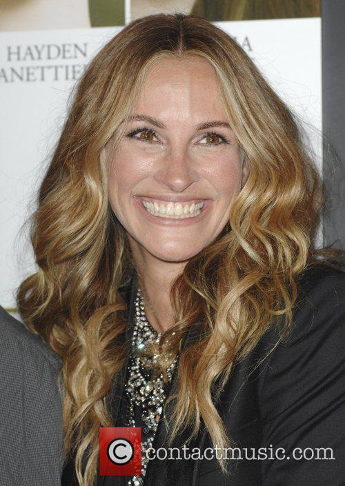 julia roberts the premiere of fireflies in 3555890