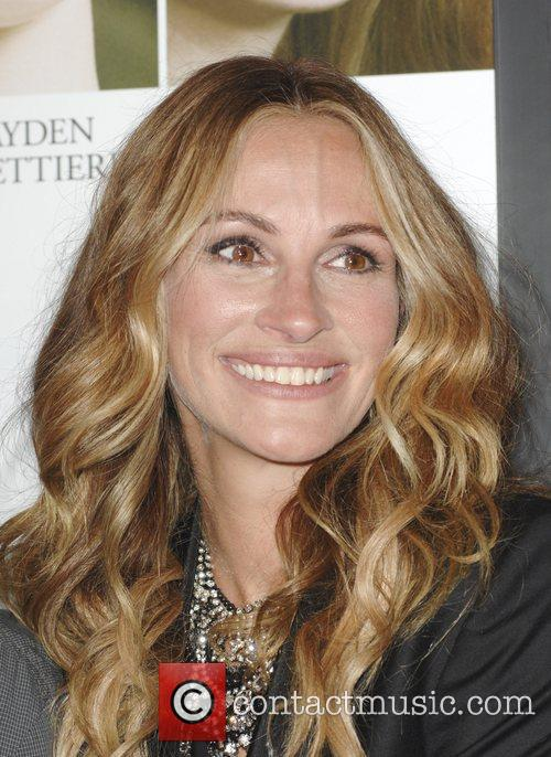 julia roberts the premiere of fireflies in 3555910