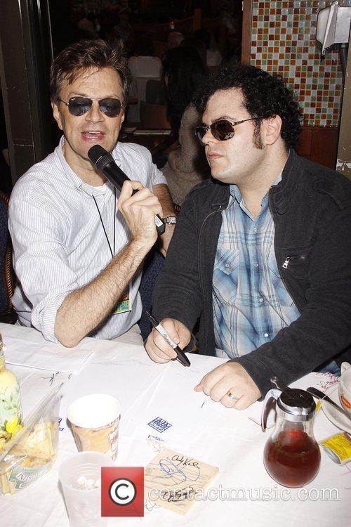 Jim Caruso, Josh Gad and Times Square 2
