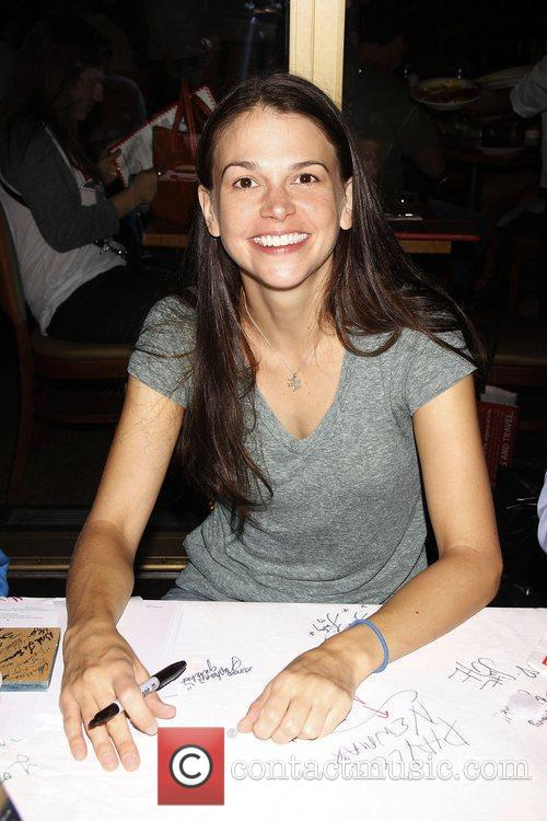 Sutton Foster and Times Square 1