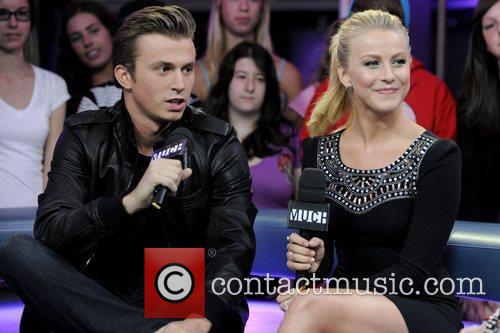 Kenny Wormald and Julianne Hough 8