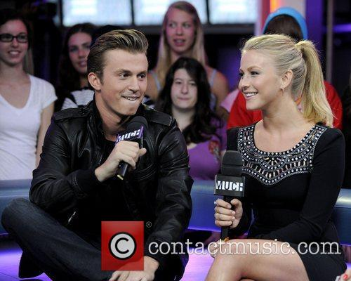 Kenny Wormald and Julianne Hough 9