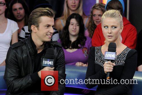 Kenny Wormald and Julianne Hough 6