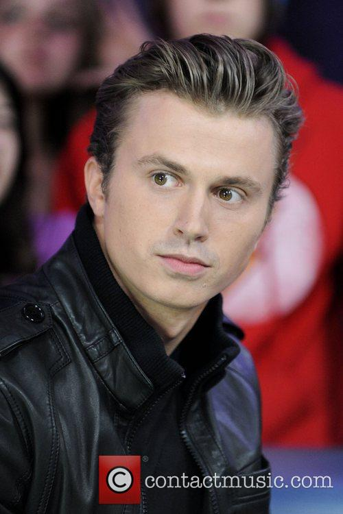 Kenny Wormald  appears on Much Music's New.Music.Live...
