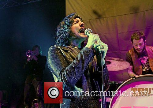 foxy shazam performing at liverpool university mountford hall 3601131
