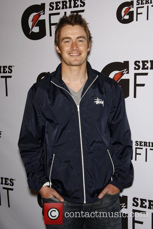 Robert Buckley 3