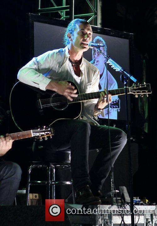 Gavin Rossdale performs at Simon G Summer Soiree...