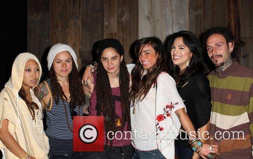 Francine Beppu, Whitney Mixter, Sara Bettencourt, Rose Garcia,...