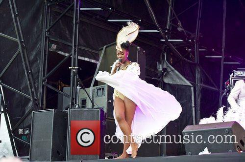 The Noisettes and Common 4