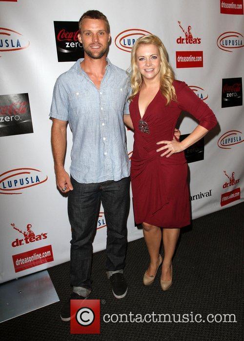 Jesse Spencer and Melissa Joan Hart 2