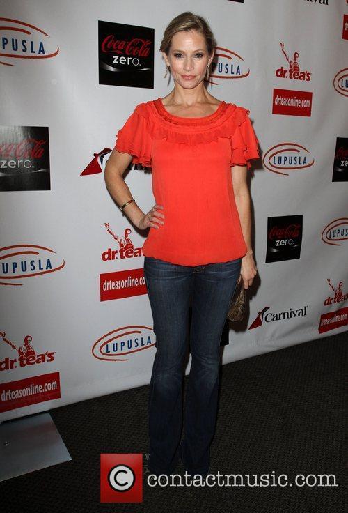 Meredith Monroe 3