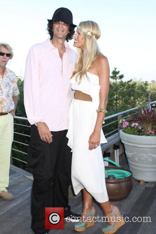 Howard Stern and Beth Ostrosky 2