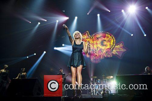 Pixie Lott and Wembley Arena 12