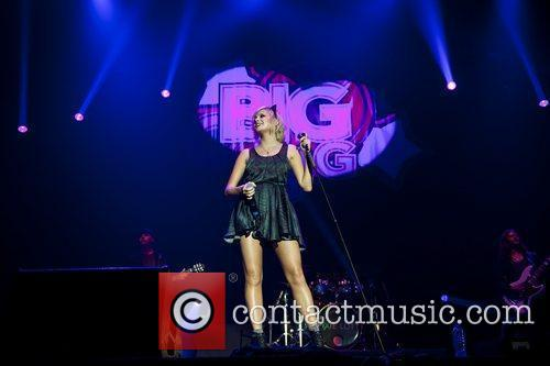 Pixie Lott and Wembley Arena 13