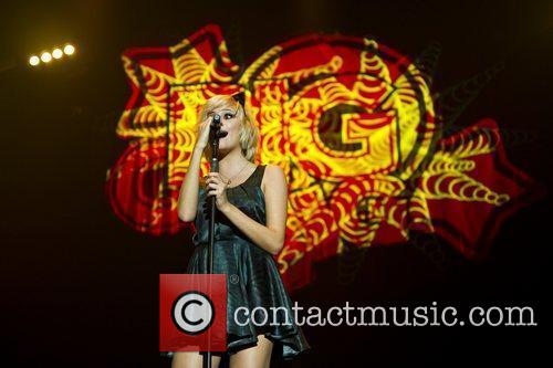 Pixie Lott and Wembley Arena 15